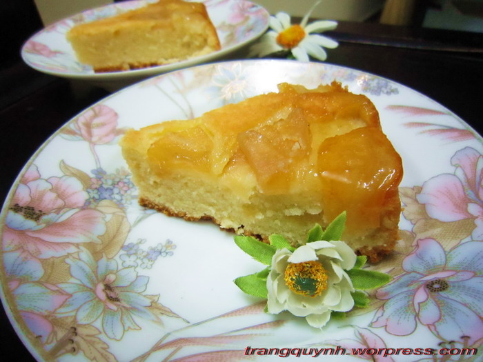 Apple upside down cake 3