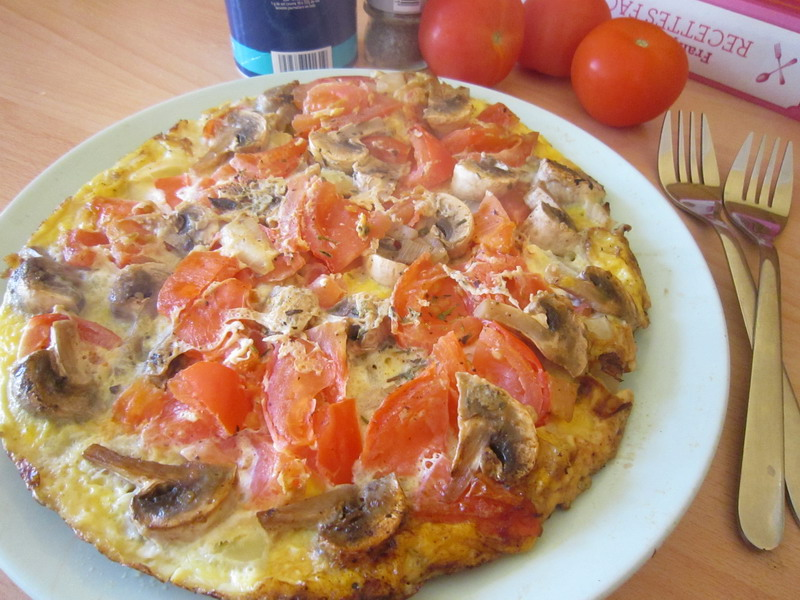 Omelette with tomatoes and mushrooms 3