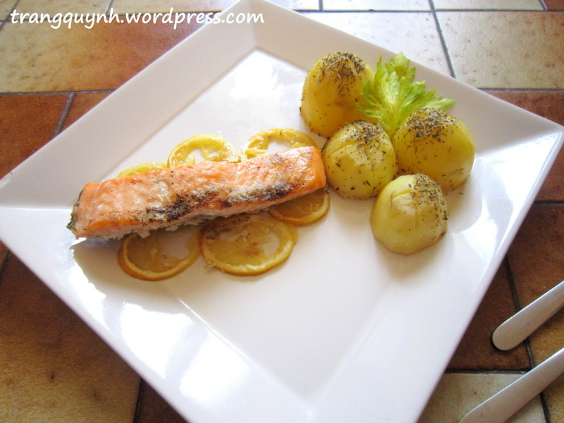 Lemon baked salmon 1